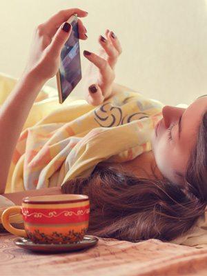 用apps談戀愛很奇怪?