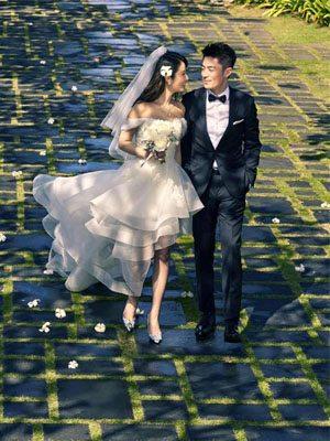 林心如的婚紗、婚戒和婚鞋原來是這些品牌!