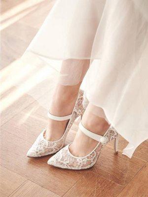 俏皮婚鞋 讓新娘造型更年輕!