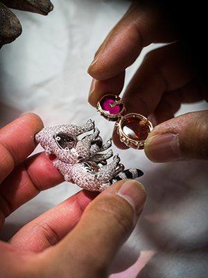 超奢華! 挪亞方舟的珠寶世界  vs. 「喀拉哈里女王」鑽