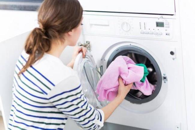 盡快清洗發霉衣物