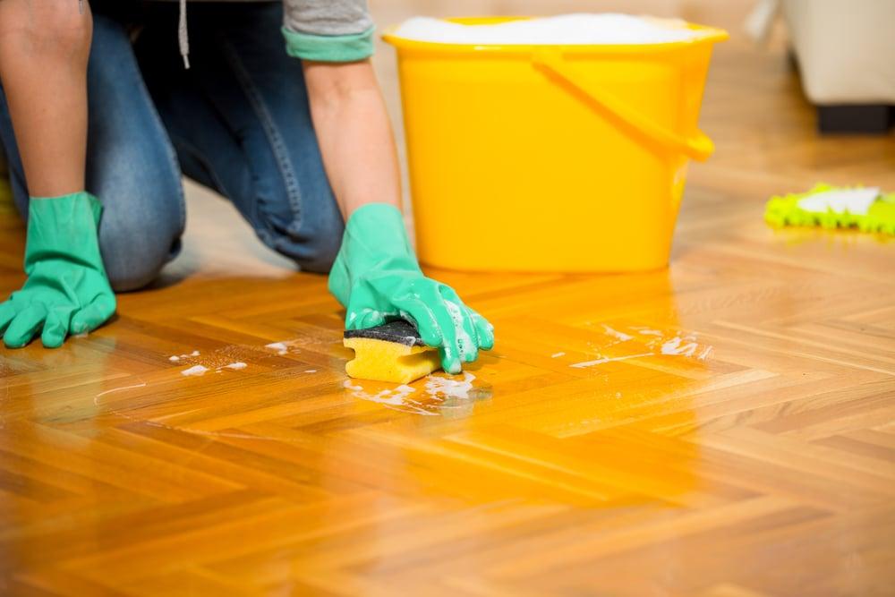 洗地板時可加鹽