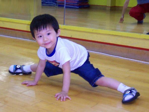 Ansonbean自小已在舞蹈學校