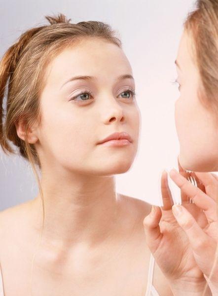 肌膚需要去角質補水