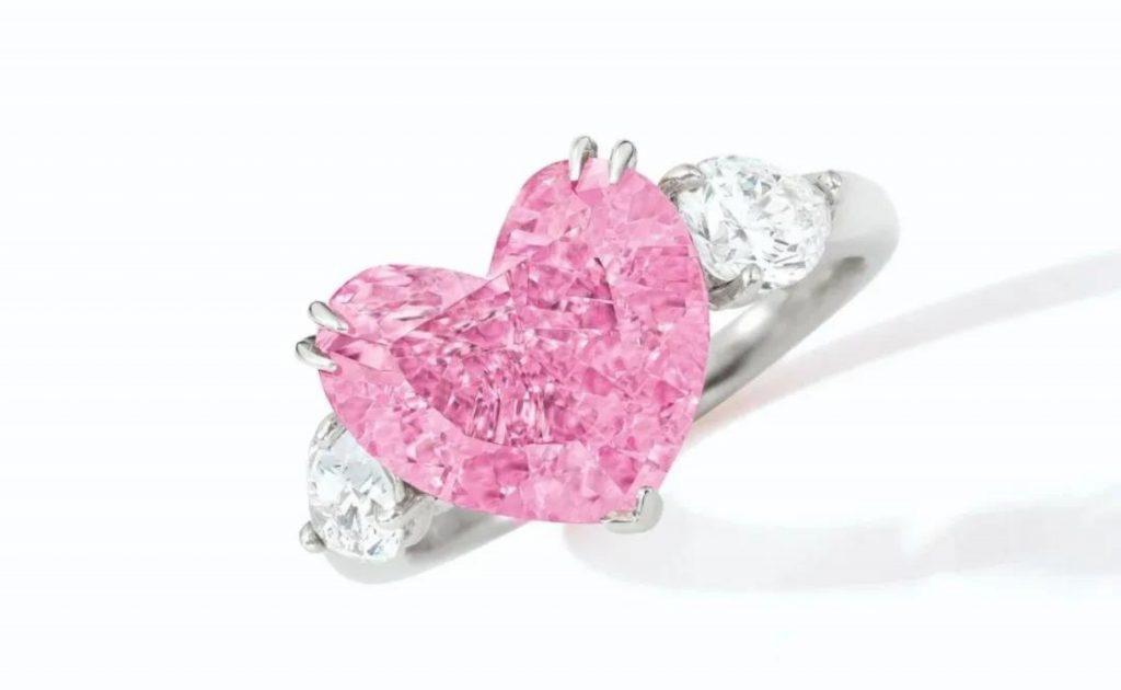 重達4.49克拉的豔彩粉紅色鑽石
