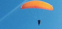 出走土耳其:小心跳滑翔傘玩到嘔