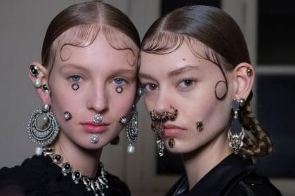 牛魔王風潮! <br>Madonna跟18歲女兒齊穿鼻環