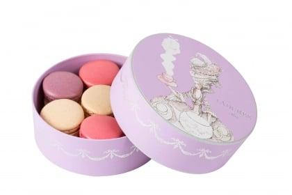 LADUREE 紫色禮盒  <br>  於家中品味法式下午茶!