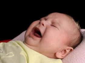 寶寶半夜醒來怎麼辦?