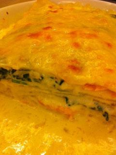 忌廉汁三文魚蟹肉焗千層麵
