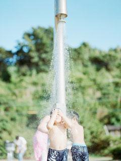 日本攝影師鏡頭下孩子的日常生活