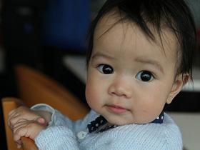 想寶寶的皮膚靚多一點嗎?