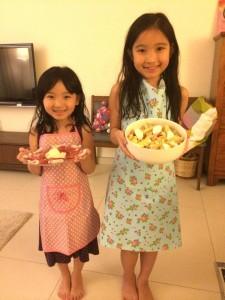 剛過去的母親節,她們做了Parma Ham芝士拼盤及吞拿魚意長通粉沙律
