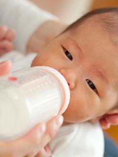 母乳VS牛奶