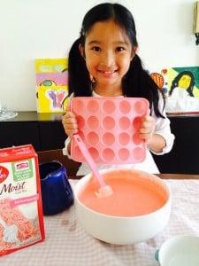 大女兒和她的Cake Pop蛋糕模