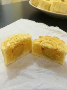 奶黃月餅食譜教學 簡單易做自煮奶皇餡+自製酥皮