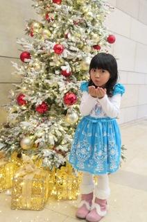 Celine 宣言:媽咪陪我過聖誕就最happy!