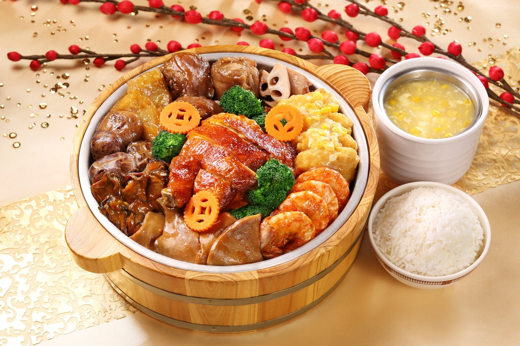 Hong Kong Disneyland_Adventureland_River View Cafe_Chinese New Year Treasure in Pot Set Menu  (1)_hh