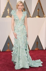 cate-blanchett-oscars-2016-red-carpet-05
