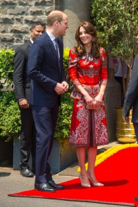 Duchess-of-Cambridge-Prince-William-Mumbai-1-Vogue-11April16-PA_b