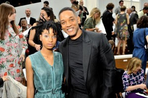 02_FW 2016 17 Haute Couture show_Celebrities pictures by Stephane Feugere_Willow SMITH and Will SMITH