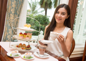 Hong Kong Disneyland Hotel_Walts Cafe_Disney's Charming Afternoon Tea _M...