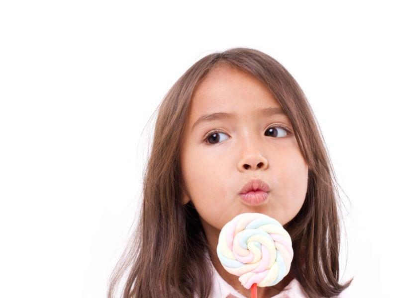 棉花糖研究發現|現代的孩子比以前更醒目