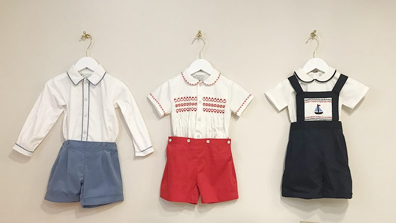 英國Rachel Riley男童服裝(、、) (左) Cord Short and Shirt Set $690 (中) Smocked Set (Red) $890, (右) Sailboat Smocked Dungarees $850 & Peter Pan Collar Body $$550 (All as worn on Prince George)