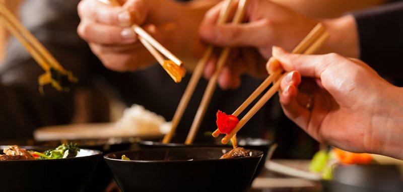 戴口罩 用公筷 減少「親密接觸」拜年活動、農曆新年防病意識