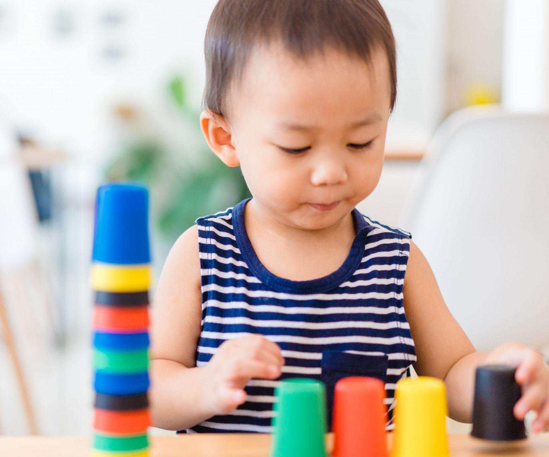 【蒙特梭利】好奇心是學習關鍵!把握0至6歲的「學習敏感期」