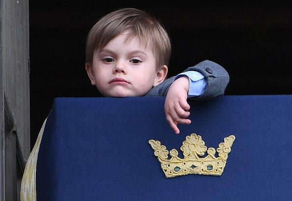 【我俊俏但高傲】瑞典小王子厭世臉成網絡熱話