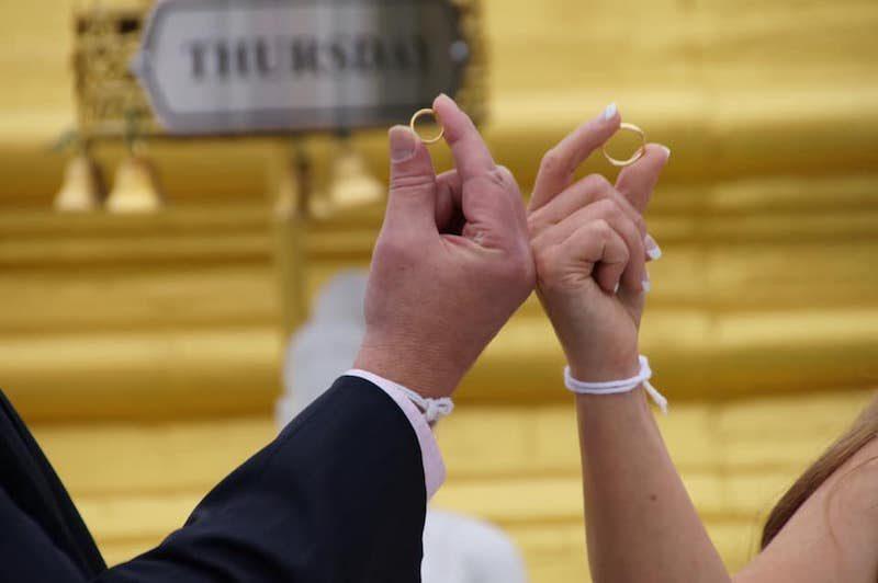 翁靜晶6月再婚嫁何東爵士曾孫何彪!20歲父女戀情路超傳奇