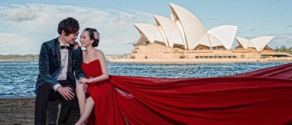 澳洲拍婚照 飾演天幕下的戀人