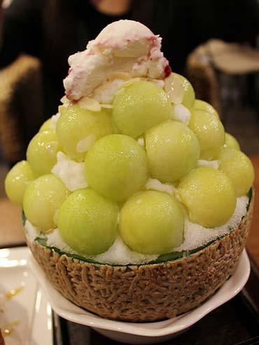 首爾篇 2014 (十) 【弘大】女人看到會尖叫的甜品!蜜瓜刨冰 @ 엘가 LGA/超可愛 Cupcake @ Manoffin