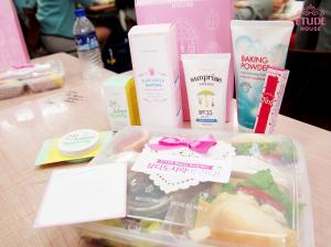 韓國女生從小就開始了解有關護膚的重要性,由飲食到護膚程序,完美肌膚由此開始!