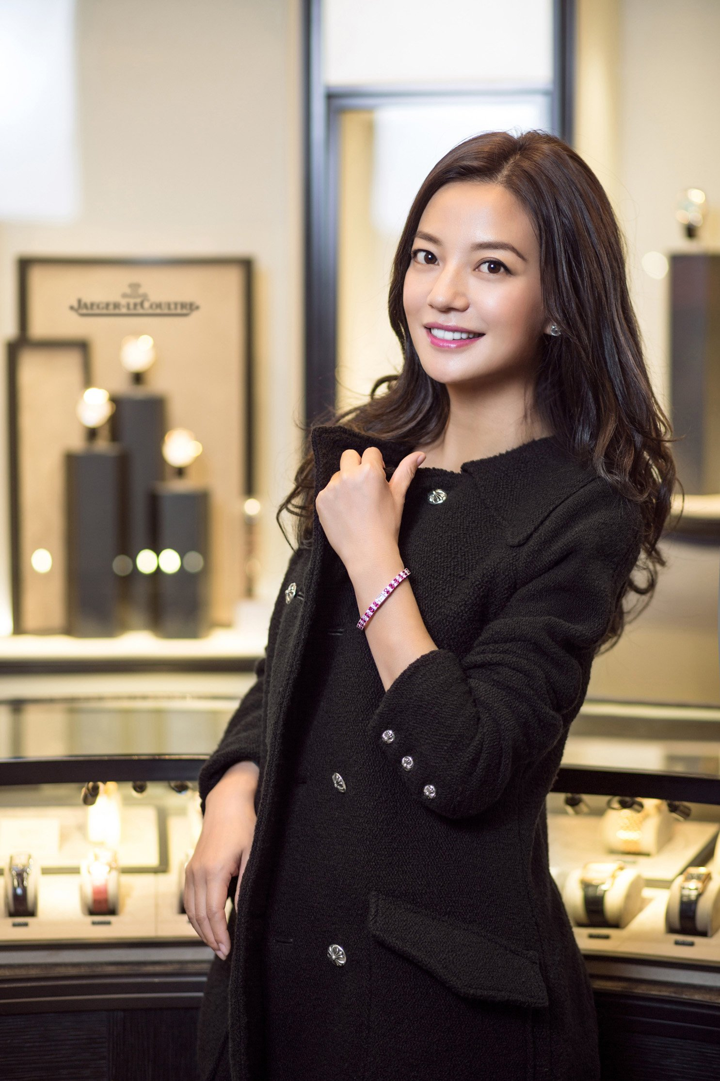 Zhao Wei involved in the design of Jaeger-LeCoultre 101 Jewellery Watch_resized - Copy