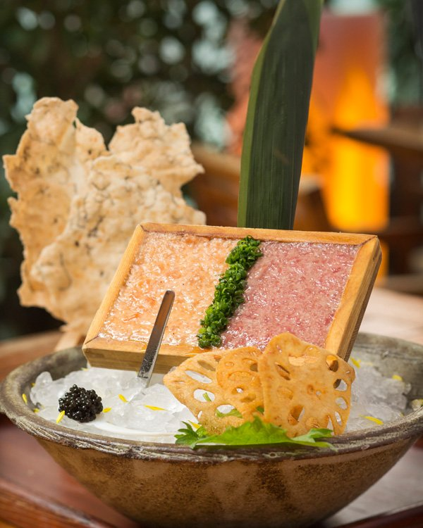 Duo of salmon and tuna tartar with oscietra caviar and lotus root (HK$290)