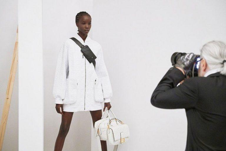 除了CHANEL,Karl Lagerfeld也是FENDI的靈魂人物......